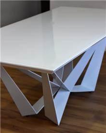 שולחן נוגה + 8 כסאות אריק - מסובין