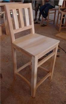 כסא בר עץ מלא - Treemium - חלומות בעץ מלא
