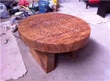 שולחן עץ מעוטר - Treemium - חלומות בעץ מלא