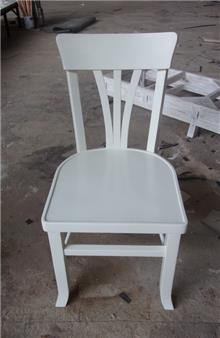 כיסא עץ מלא שמנת - Treemium - חלומות בעץ מלא