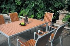 סט שולחן וכסאות - אואזיס