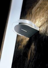 מנורת קיר מסוגננת  - תיל און לייטינג