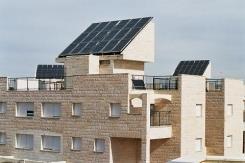 מערכת חימום מים סולארית לבית משותף - כרומגן