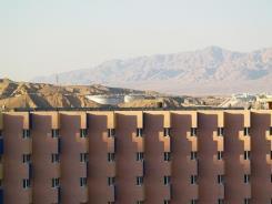 מערכת חימום מים סולארית לבתי מלון - כרומגן