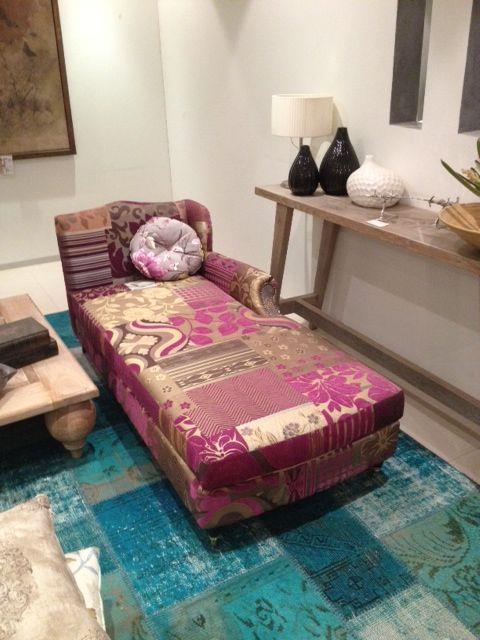 כורסא מעוצבת לסלון - זהבי גלרייה לעיצוב