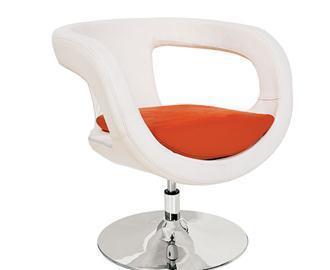 כורסא לבנה - היבואנים