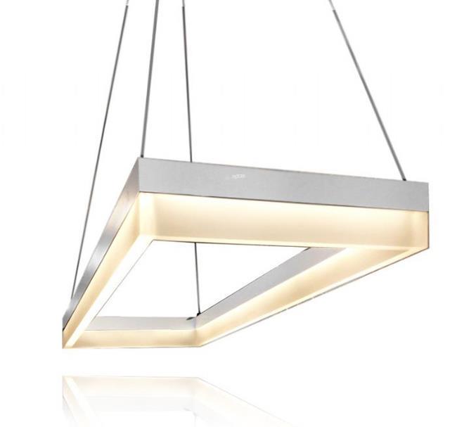 מנורה תלויה מלבנית - שקע ותקע