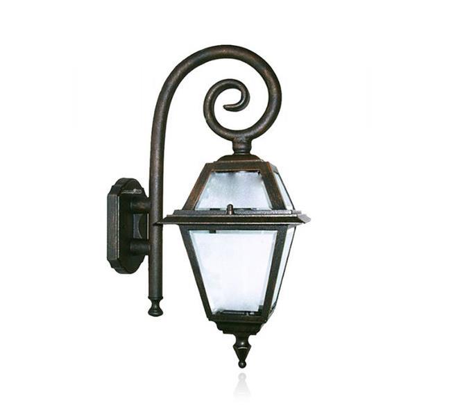 מנורה עתיקה - שקע ותקע