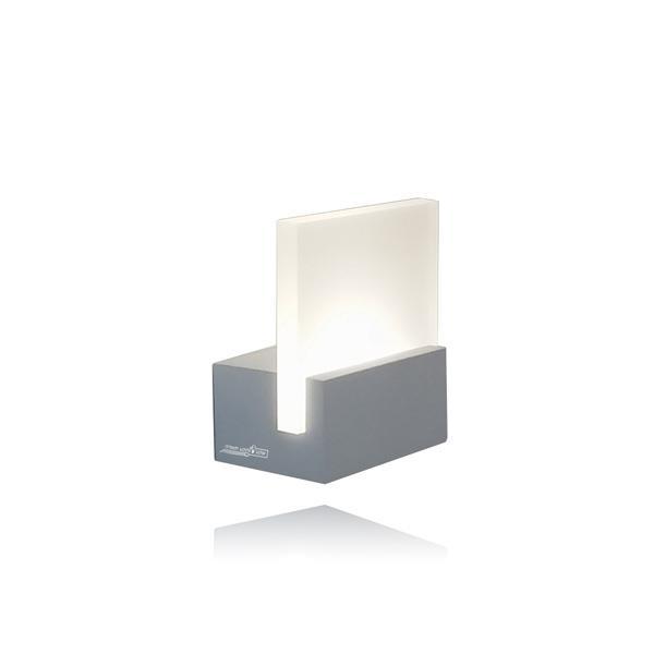 מנורת קיר פרספקס מרובע - שקע ותקע