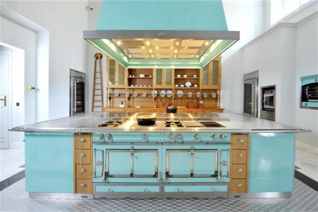 מטבח בעיצוב מיוחד - הייטאצ'