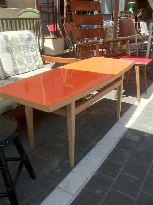 שולחן משופץ - retro gallery - רטרו גלרי