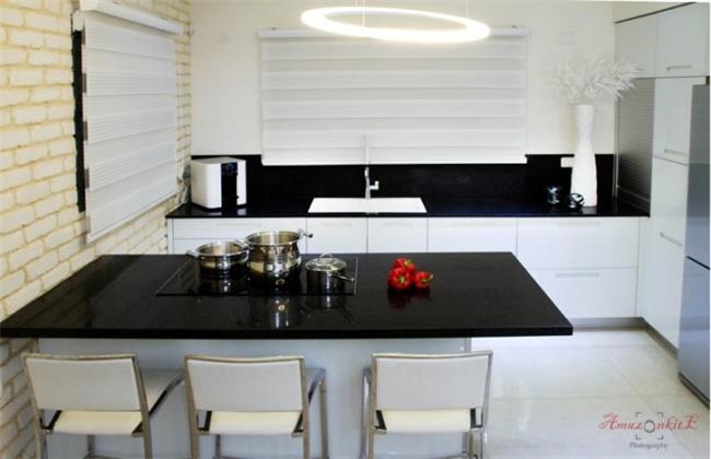 מטבח שחור לבן - Samgal concept