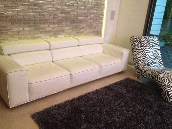 """ספה בגוון לבן - נוף עיצובים פלוס בע""""מ"""