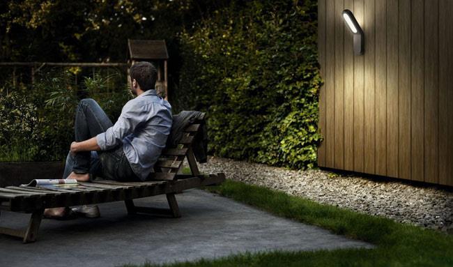 מנורת קיר בצבע אפור - luce לוצ'ה תאורה - עודפים