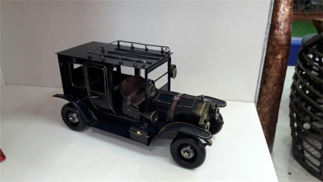 מכונית רטרו - רהיטי המושבה