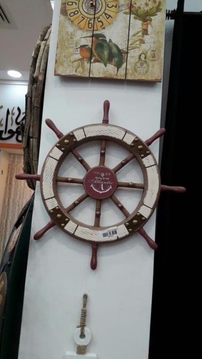 הגה ספינה מעוצב - רהיטי המושבה