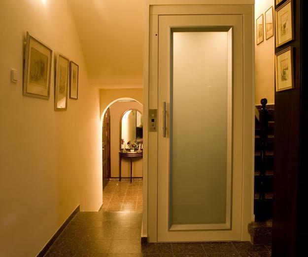 מעלית ביתית ייחודית - אלקטרה תעמל - מעליות ומעלונים