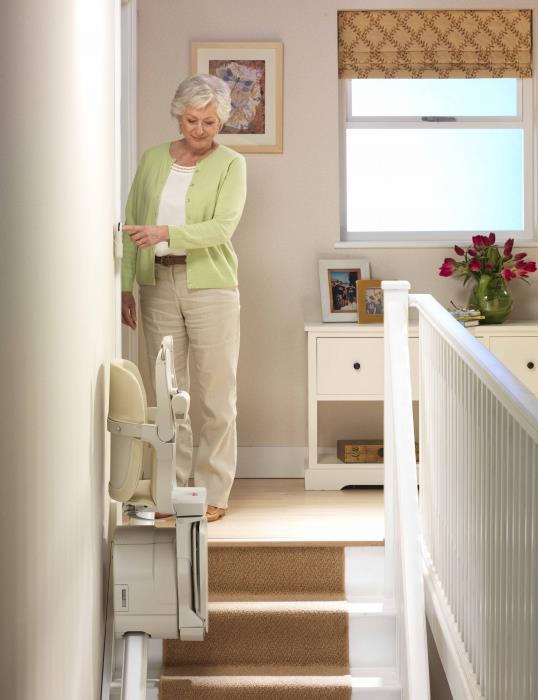 מדרגון כיסא לבית - אלקטרה תעמל - מעליות ומעלונים