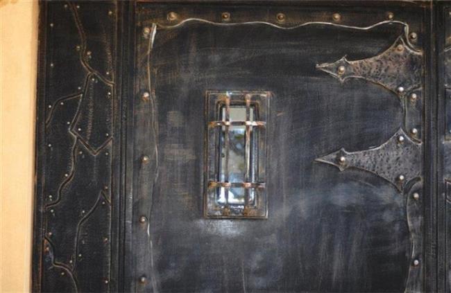 דלת כניסה מיוחדת - רוםסן - אומנות הפרופיל הבלגי