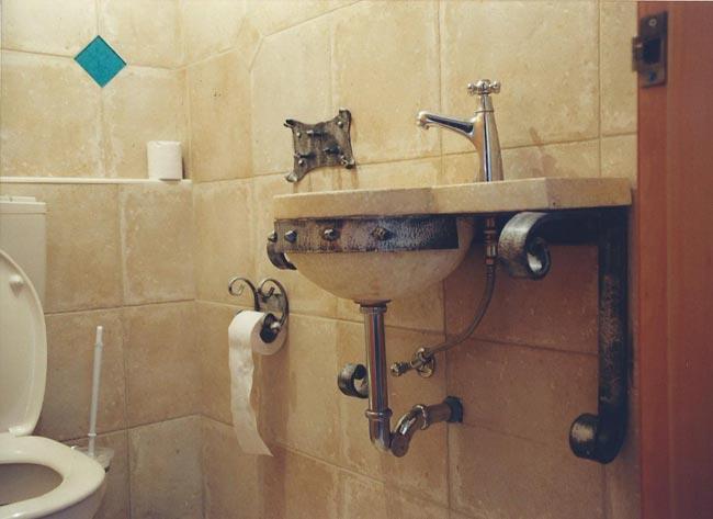 מערכת לחדר האמבטיה - רוםסן - אומנות הפרופיל הבלגי