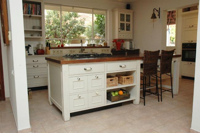אי לבן למטבח - VNG עיצובים בעץ