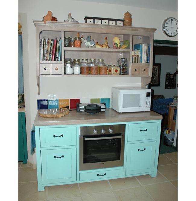 ארון מטבח בתכלת - VNG עיצובים בעץ