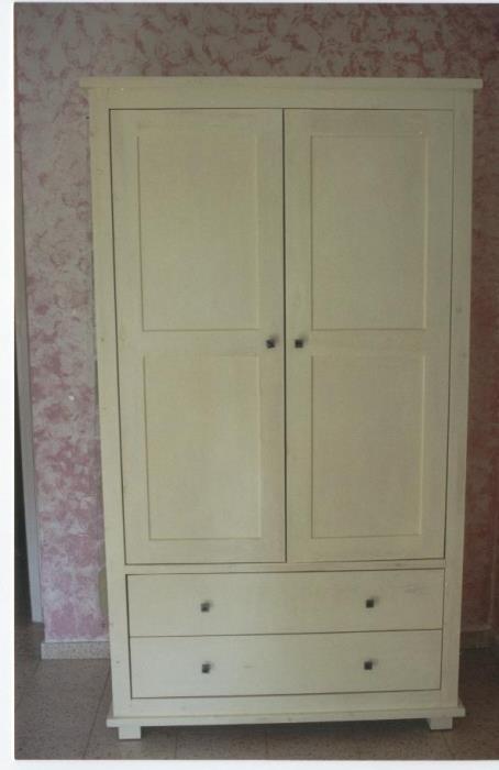 ארון בגדים לבן - VNG עיצובים בעץ