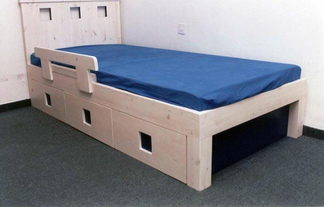 מיטת ילדים רחבה - VNG עיצובים בעץ