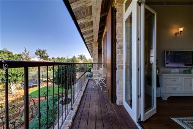 דלתות ציר לבית - חלונות מרווין ישראל