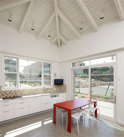 חלון חוסך חשמל לבן - חלונות מרווין ישראל