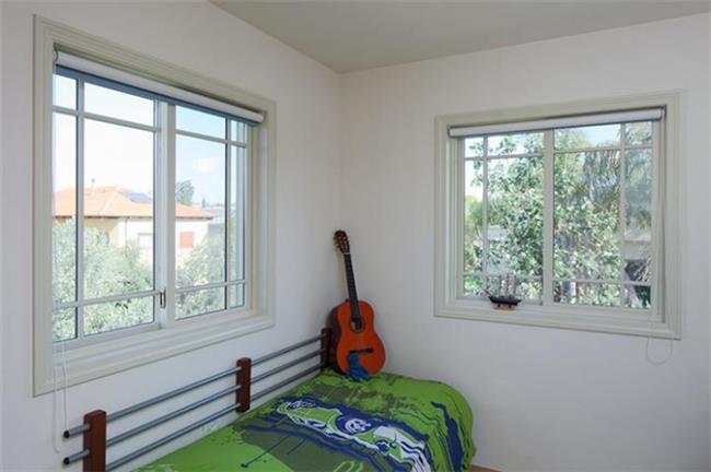 חלון בסגנון בלגי - חלונות מרווין ישראל
