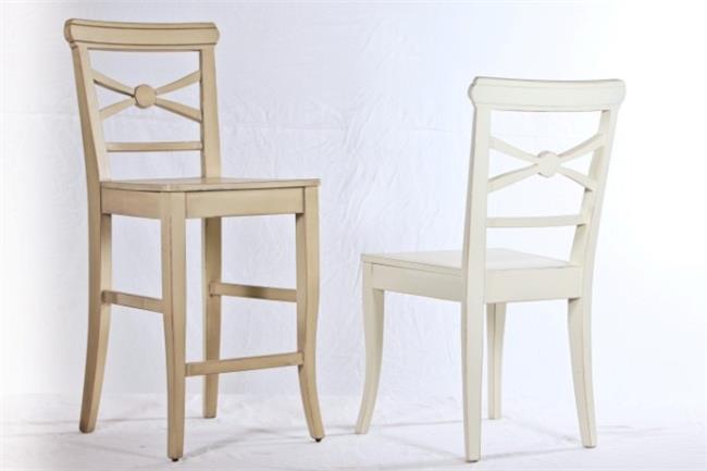 כסאות מרשימים - כסאות בעיקר