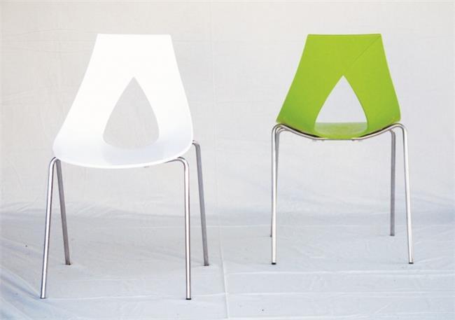 כיסאות מרשימים - כסאות בעיקר