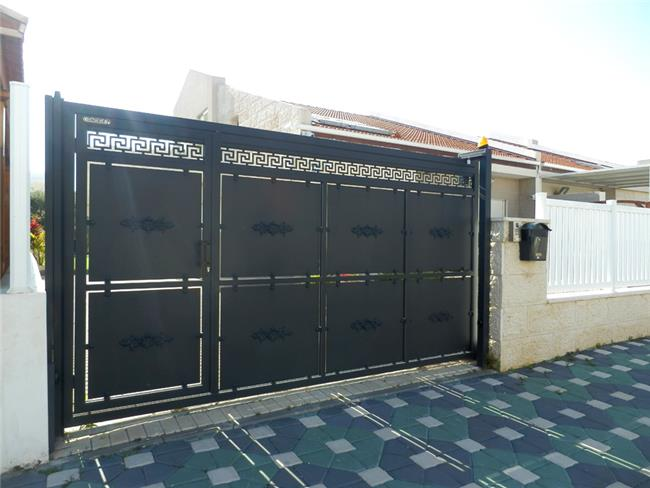 שער חנייה מאלומיניום - טרלידור