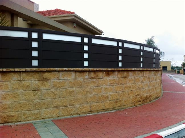 גדרות מרשימות לחזית בית - טרלידור