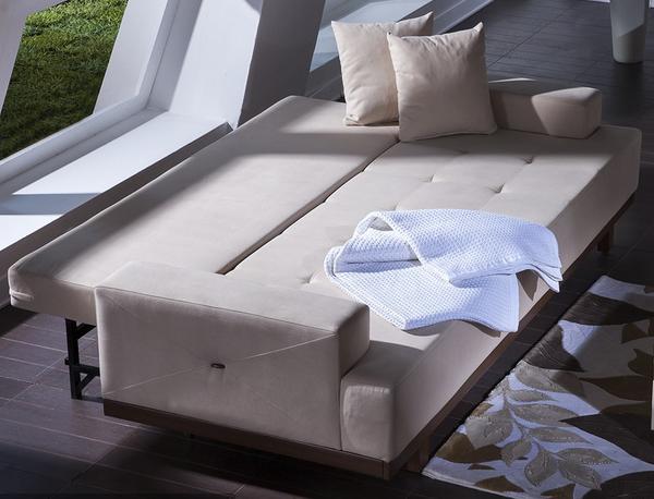 ספה בהירה נפתחת - אלבור רהיטים