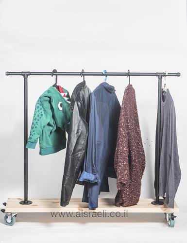 """סטנד 140 ס""""מ לתליית בגדים - א.ישראלי"""