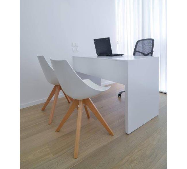 שולחן עבודה מקוריאן - ליאוני - משטחי קוריאן