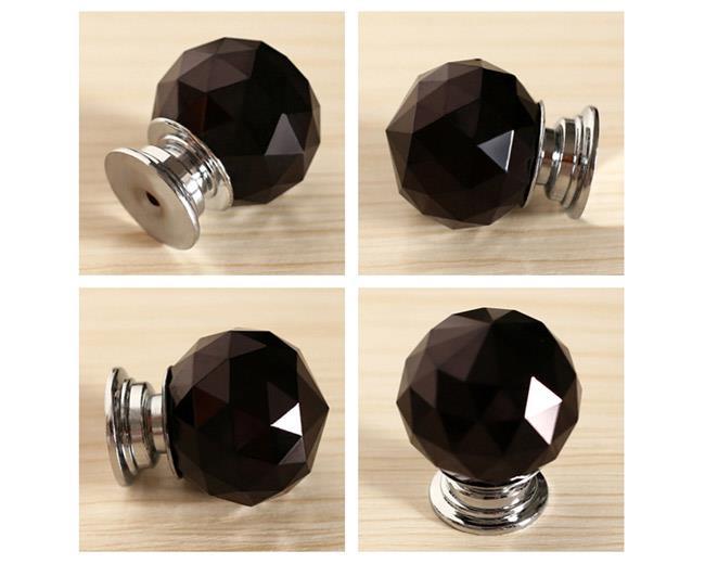 כפתור קריסטל שחור 20 ממ 301BL - אבנר`ס קולקשיין