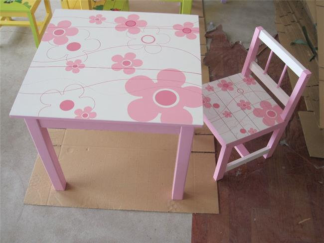 שולחן ורוד פרחים  - קוקולה