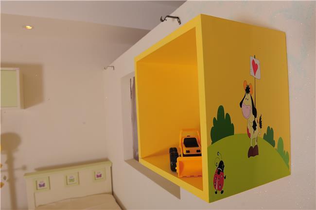 כוורת צהובה לחדר הילדים - קוקולה