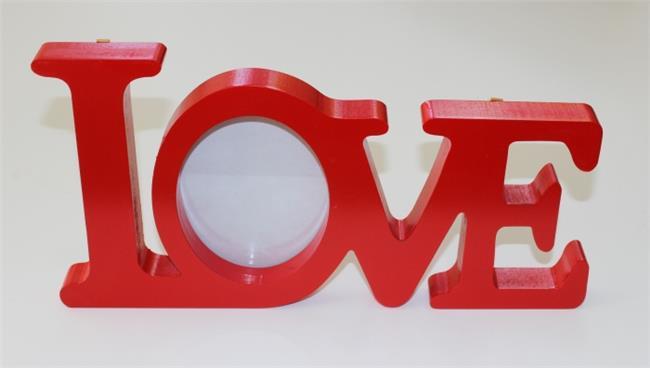 מילה מעוצבת עם תמונה LOVE אדום - קוקולה