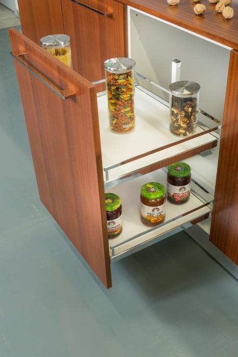 מתקן נשלף לבקבוקים ותבלינים - ERA Kitchens