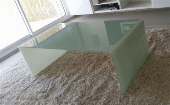שולחן זכוכית חלבי - Green house