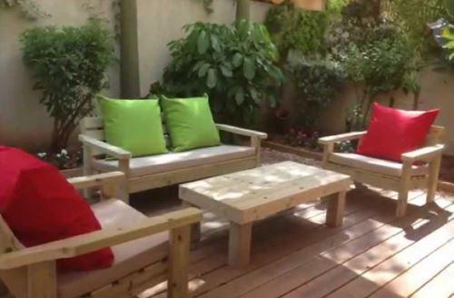 פינת ישיבה זולה עם ידיות מעץ אורן איכותי - GARDENSALE