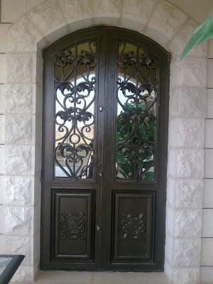 """דלת איכותית  - מסגרית הדודים בע""""מ"""