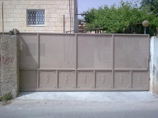 """שערים לבית - מסגרית הדודים בע""""מ"""