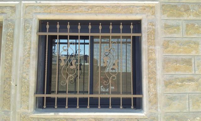 """סורגים לחלון - מסגרית הדודים בע""""מ"""