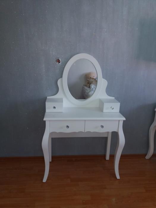 שולחן איפור עם מראה - רהיטי אינטגרל