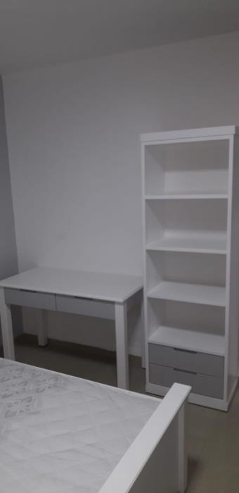 כוננית ספרים ושולחן כתיבה - רהיטי אינטגרל